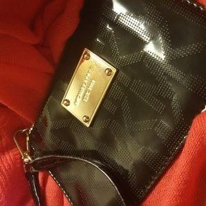 Michael Kors Patent leather wristlet